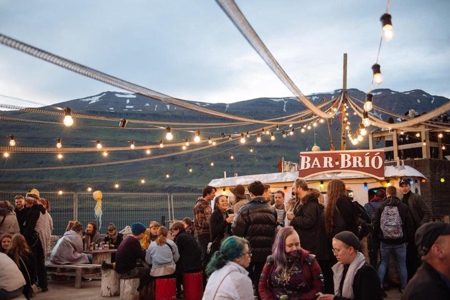 Festiwal w Seydisfjordur, islandzkie Fiordy Wschodnie.