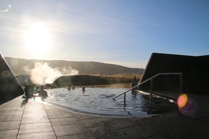 冰島西部Krauma溫泉旅行攻略