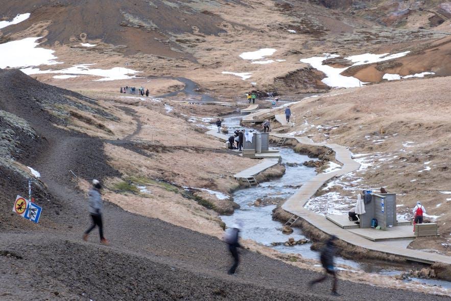 Badestelle am Hot River im Reykjadalur (Rauchtal)