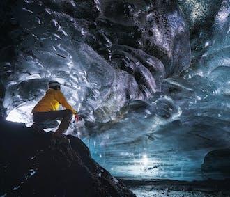 Jaskinia lodowa nad wulkanem Katla   Super Jeepem z Vik