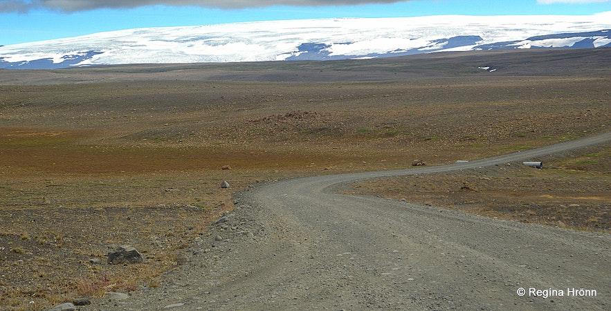 Kjölur - Kjalvegur road in the highland of Iceland