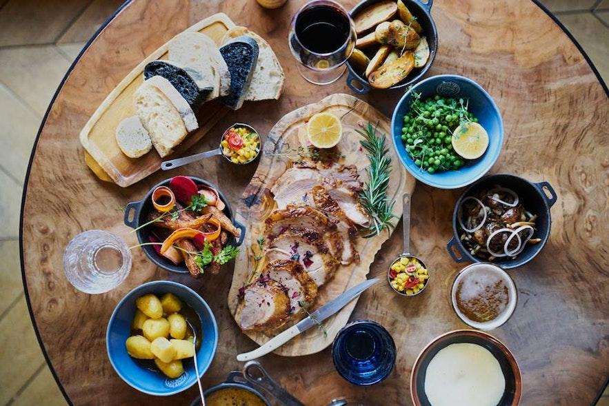 Nourriture du bar de cuisine Apotek.