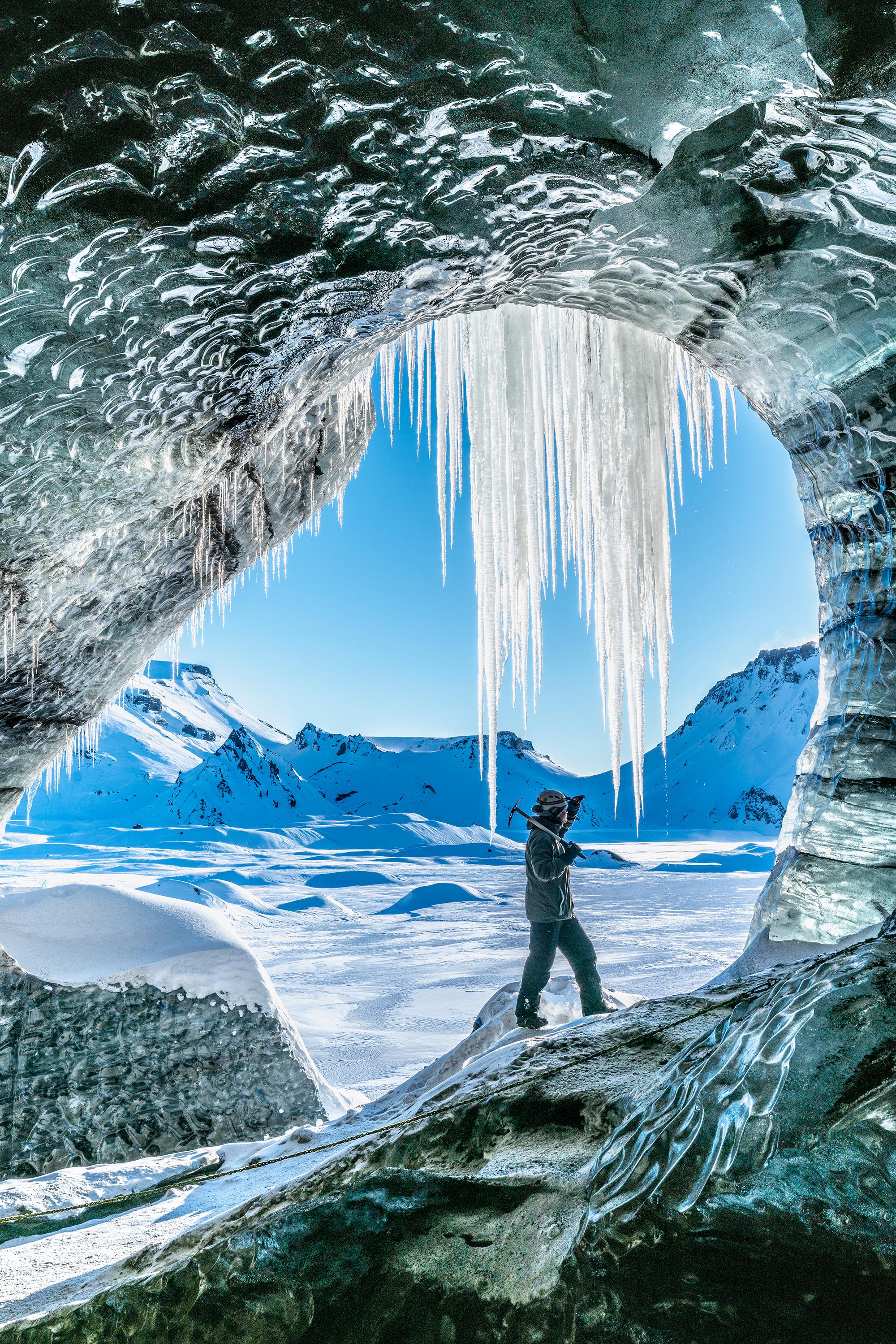 Isgrottene ved Katla er åpne utenfor den vanlige sesongen for isgrotteutforsking på Island.