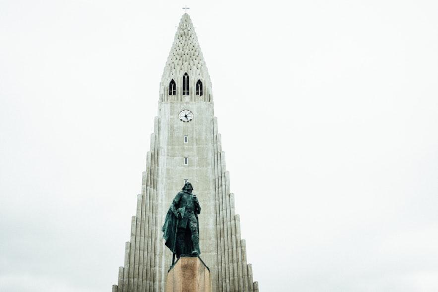 冰島首都雷克雅維克地標「火箭教堂」