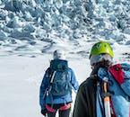 La gran caminata en el glaciar desde Skaftafell