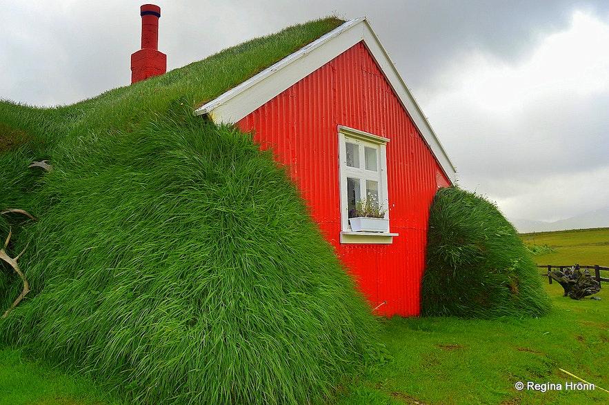 Lindarbakki turf house in East-Iceland