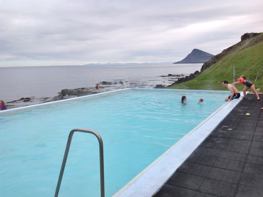 Krossneslaug is a geothermal hot pool found in the Westfjords of Iceland.