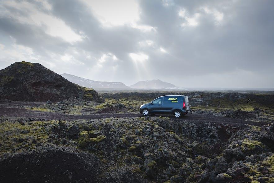 自驾出行冰岛是不错的方式