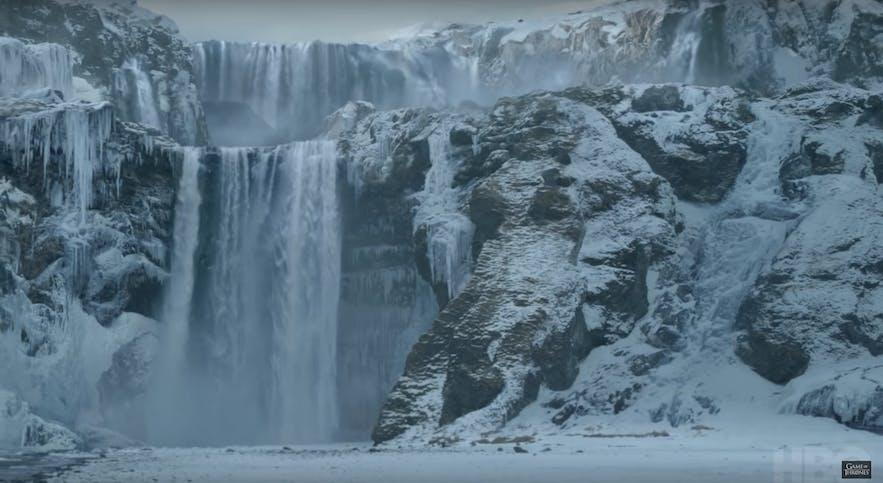 琼恩雪诺在权力游戏第八季骑着龙到达的地方——冰岛斯科加瀑布Skogafoss