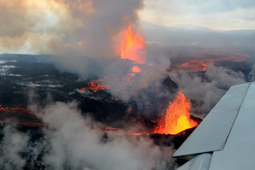 2014年冰岛巴达本加火山爆发时的情景
