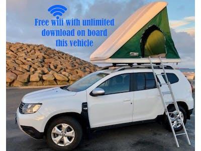 4X4 Dacia Duster + Roof top tent 2017