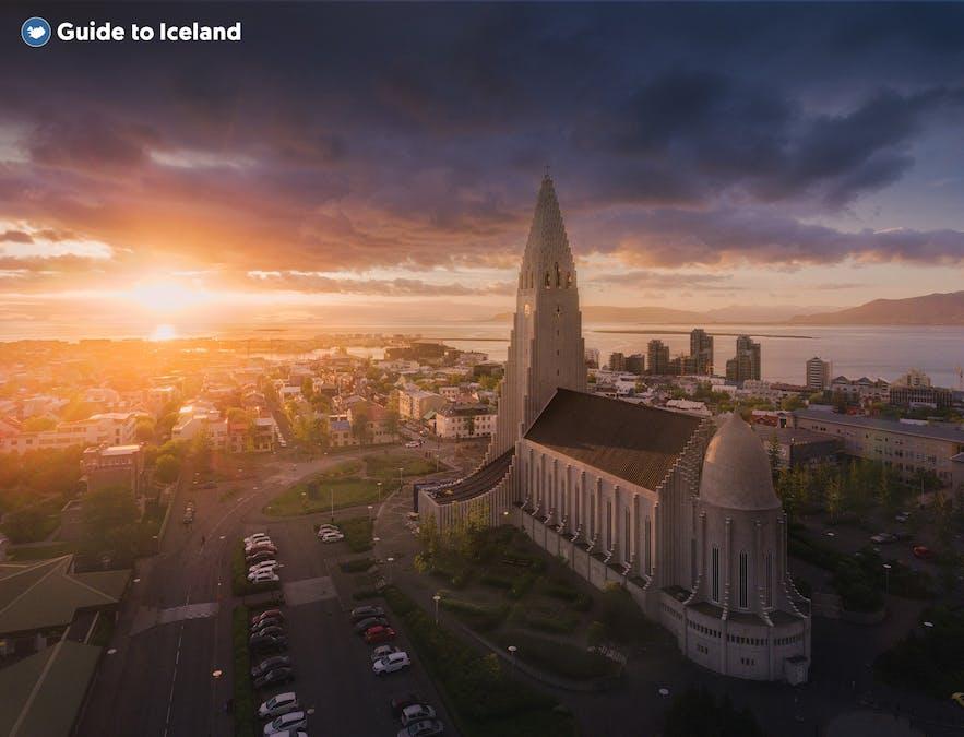 Hallgrimskirkja Church basking in the midnight sun