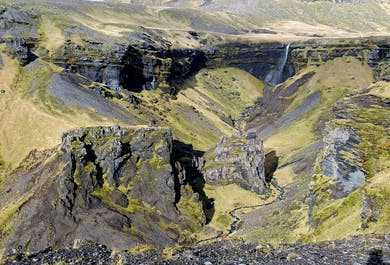 Into The Canyons Under Katla | Hiking Tour