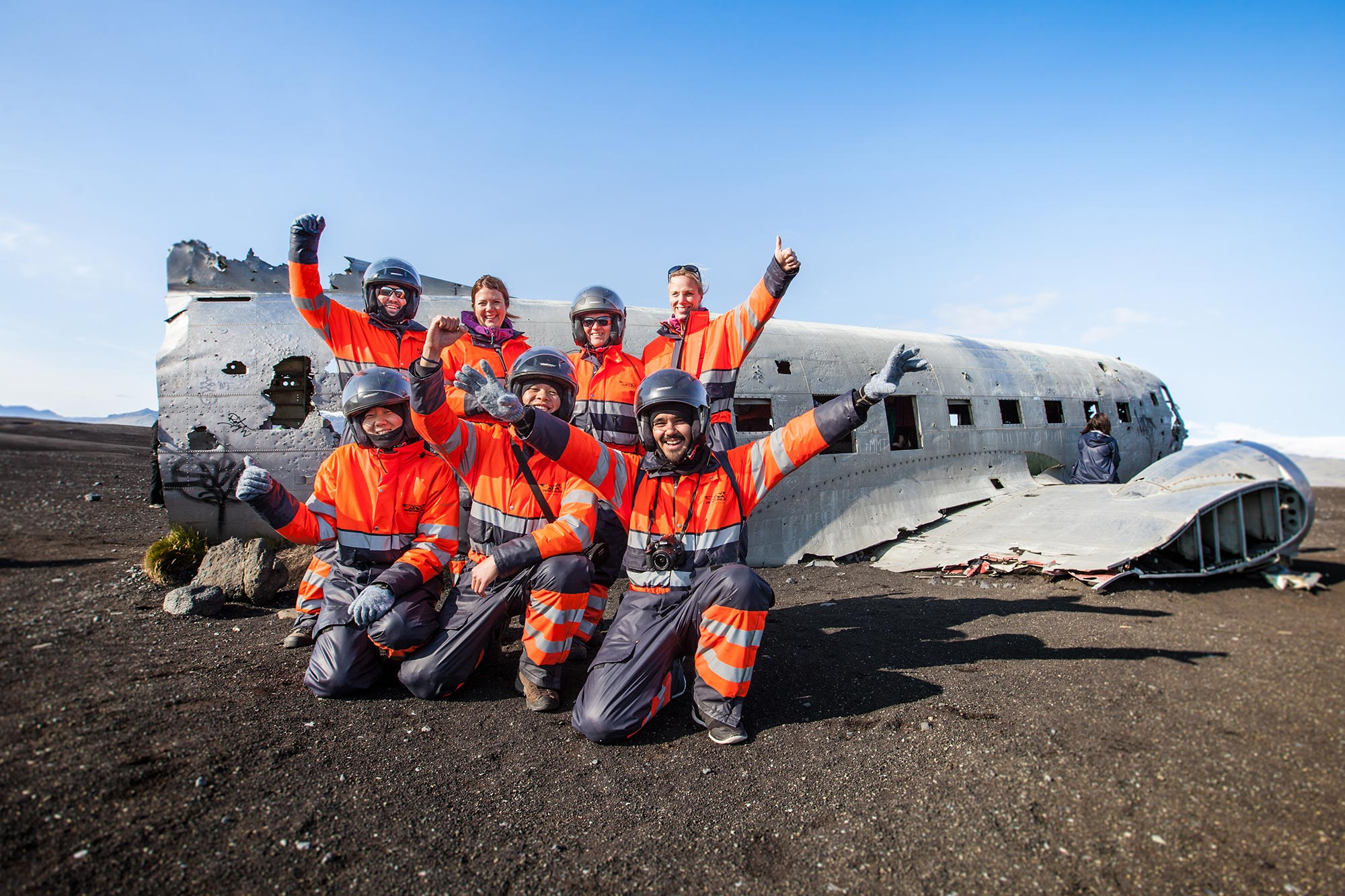 Odwiedź ekscytujący wrak samolotu DC3 na południowym wybrzeżu Islandii.