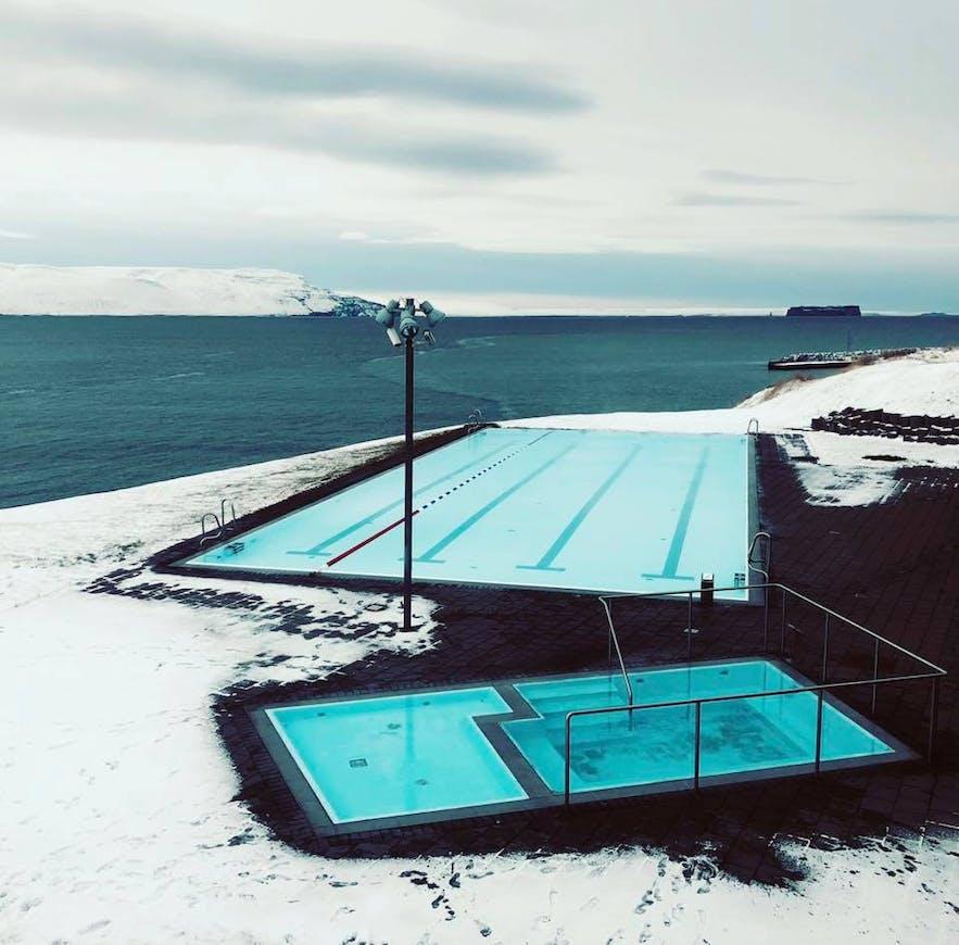 The pool in Hofsos in full winter mode