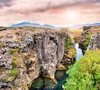 El Parque Nacional Thingvellir se encuentra en la grieta entre dos placas tectónicas