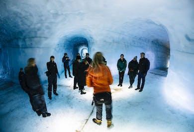 Túnel de hielo en Langjökull con vistas a las Tierras Altas | Tour con salida desde Thingvellir