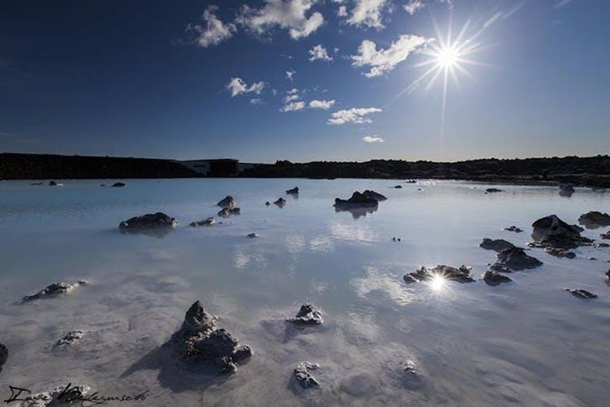 アイスランド最大の露天風呂、ブルーラグーン