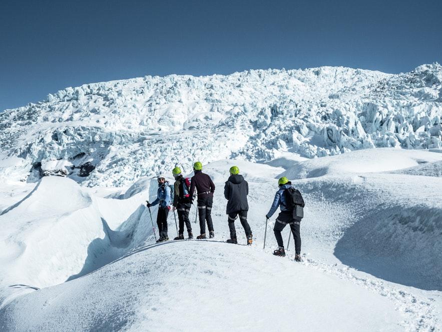 冰島當地最受歡迎的冰島戶外活動冰川健行