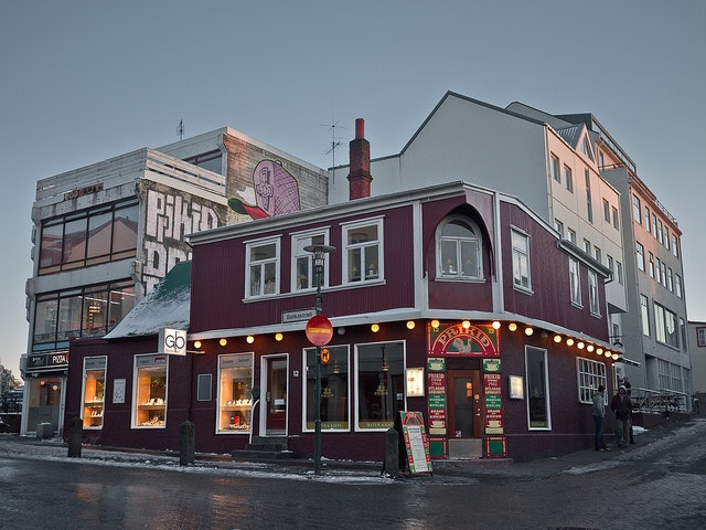 cheapest happy hour in reykjavik