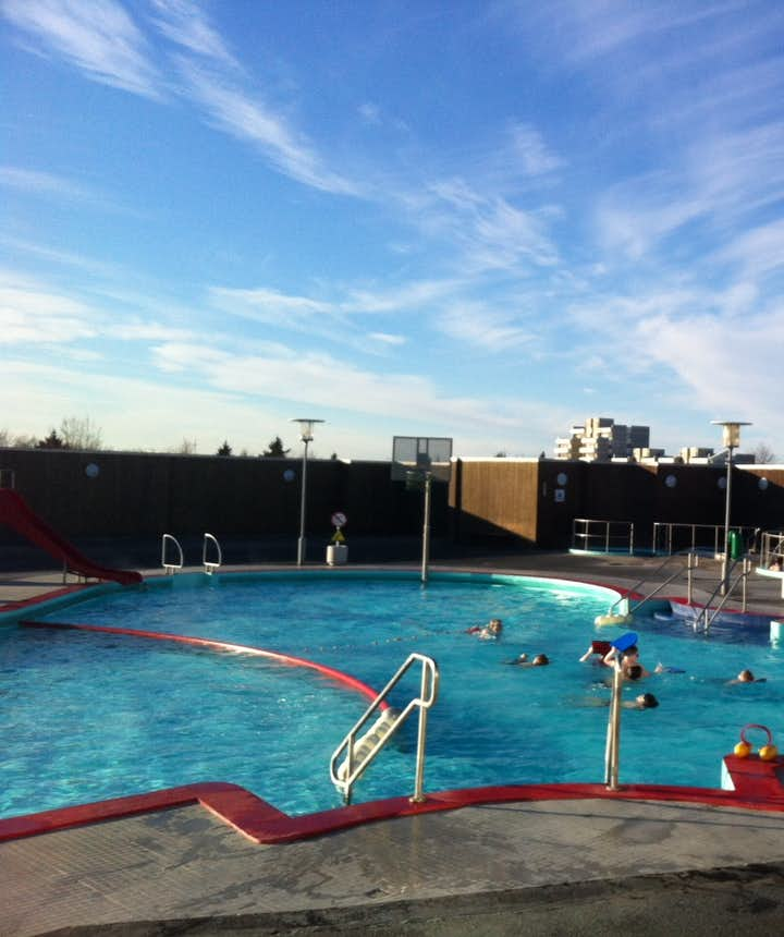 Top 7 Best Swimming Pools In Reykjavik Guide To Iceland