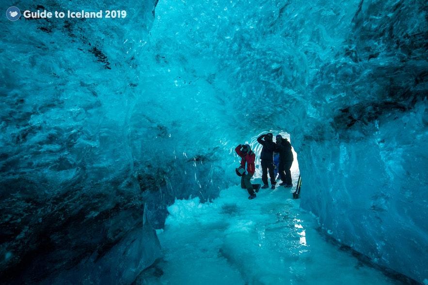冰島最新藍冰洞內部照片