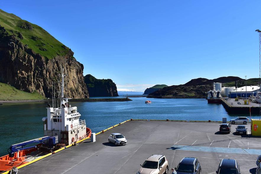 Hafenbereich auf den Westmännerinseln.
