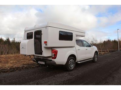 Nissan Navara Camper 4x4  4 persons 2018