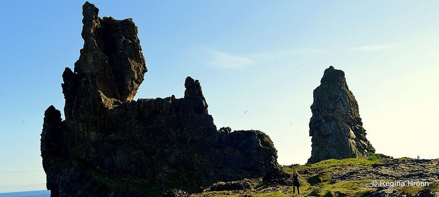 The Magical Snæfellsnes Peninsula in West-Iceland - Part II - Lóndrangar and the Elves