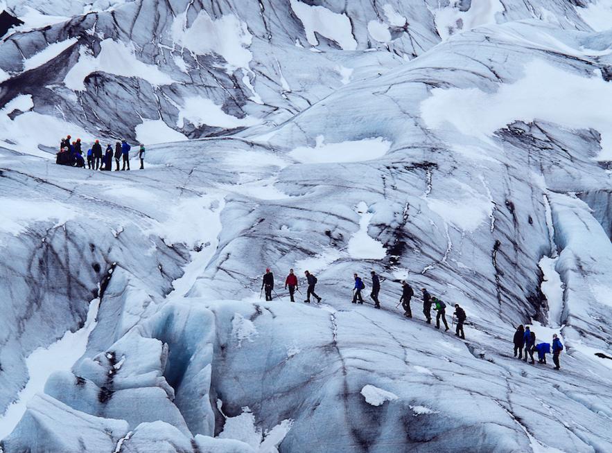 冰島冰川健行穿什麼鞋