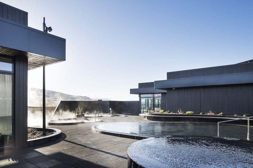 Krauma Spa är ett av västra Islands bästa span med varma pooler.