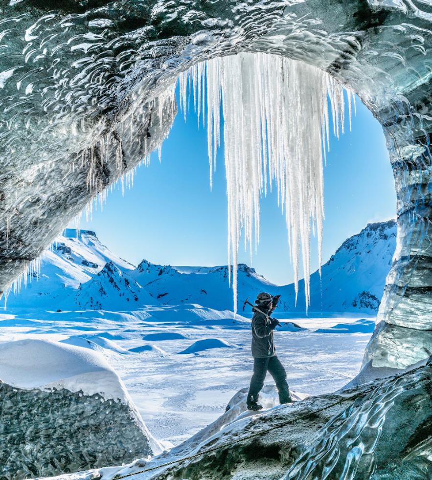 冰島卡特拉火山黑冰洞