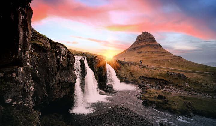 Dagstur for liten gruppe rundt Snæfellsnes | Islandsk musikk om bord