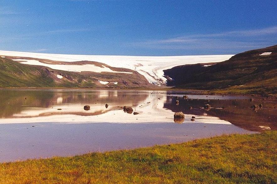 Glacier Drangajokull en Islande, photo d' Again Erick de Wikimedia Commons