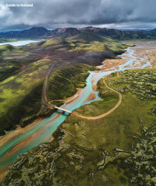 Landmannalaugar ist ein atemberaubendes Gebiet im isländischen Hochland.