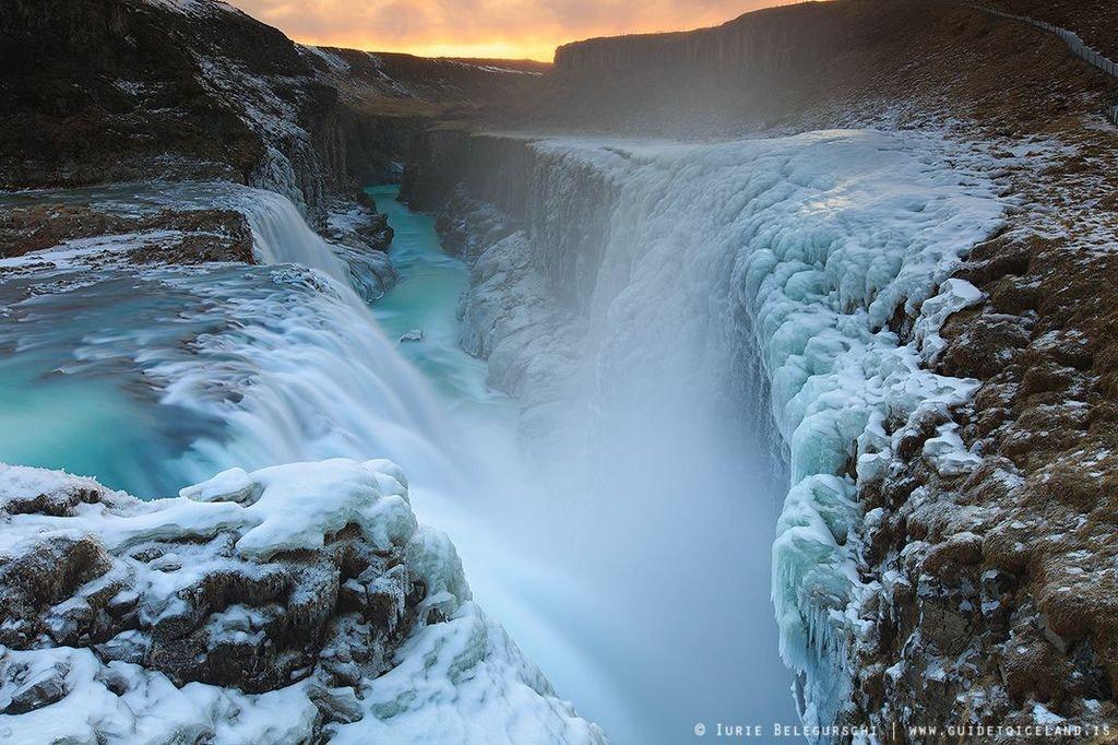 冰岛黄金瀑布(Gullfoss,又名居德瀑布)