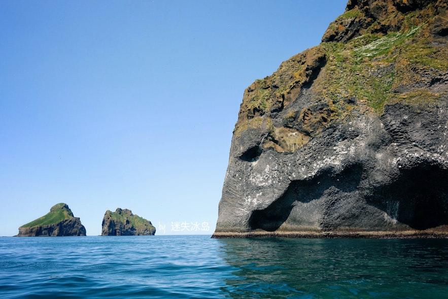 西人岛的大象石惟妙惟肖,仿佛一只沉睡的巨象