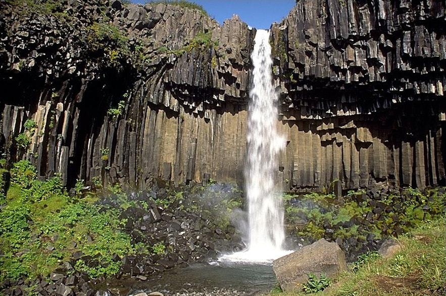 Wodospad Svartifoss
