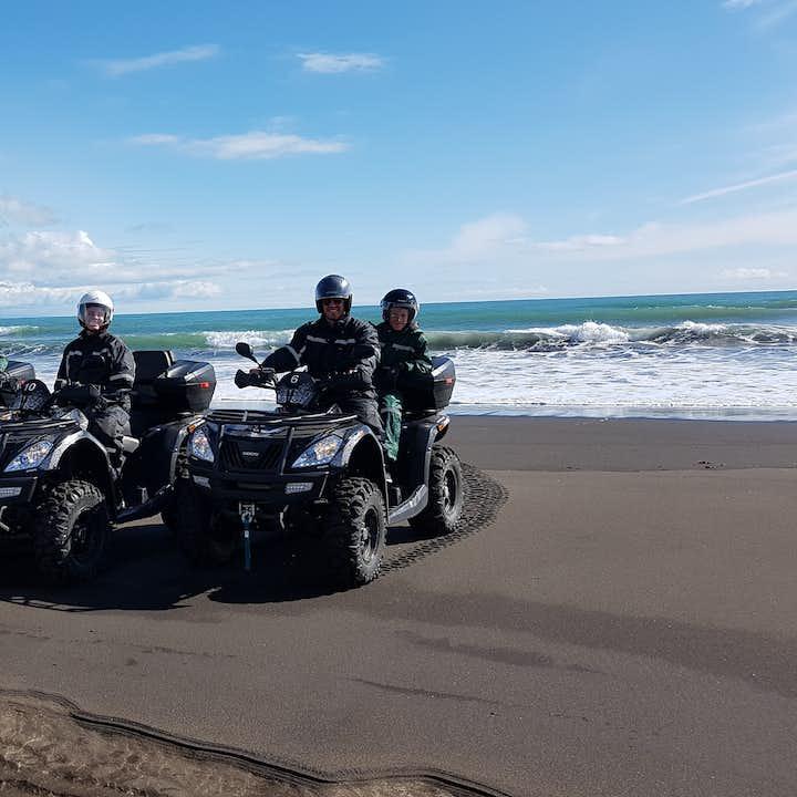南岸黑沙滩全地形ATV越野车旅行团|雷克雅未克接送