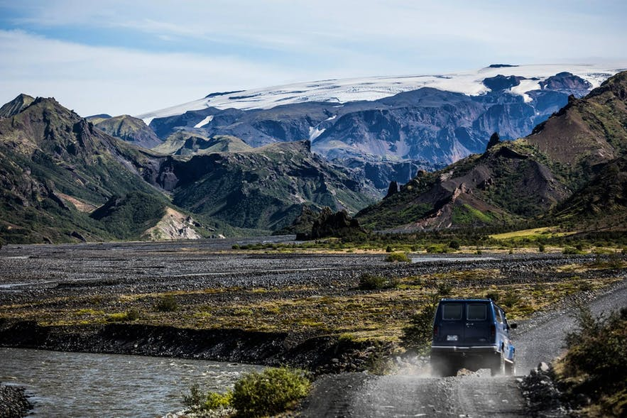 Valahnúkur is a beautiful mountain in south Iceland with an elevation of around 1000 metres.