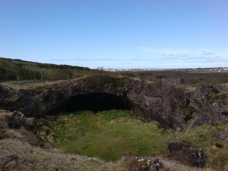 マリウへトラル洞窟。写真:Clavious Rork at Panoramio, protected by Wikimedia commons