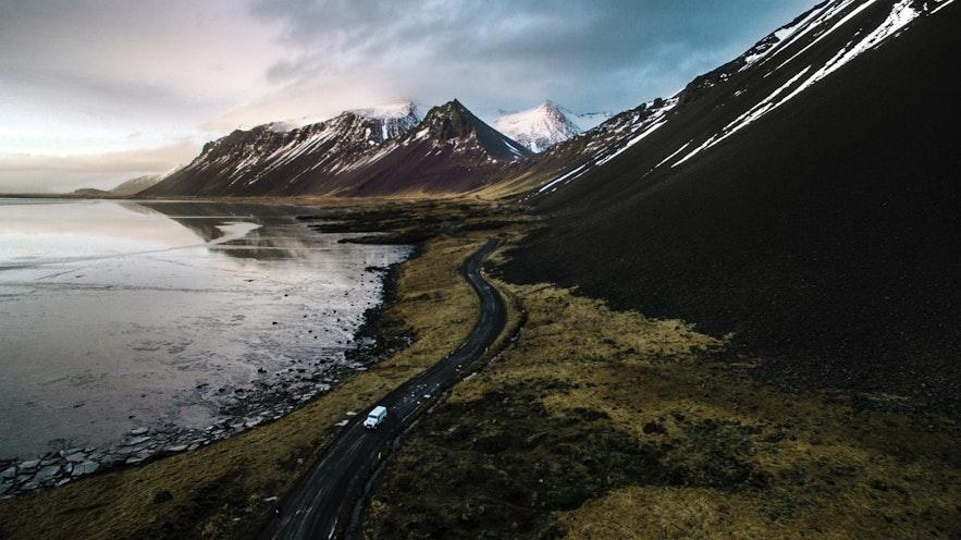 冰島的名山和巨石都有哪些
