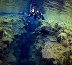 シルフラの泉は鮮やかな藻類でおおわれている