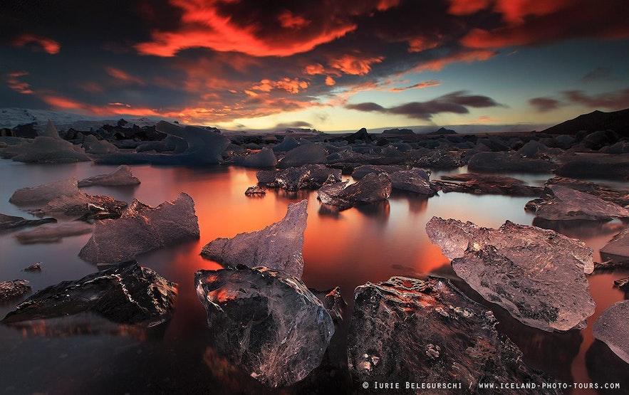 冰岛杰古沙龙冰河湖日落