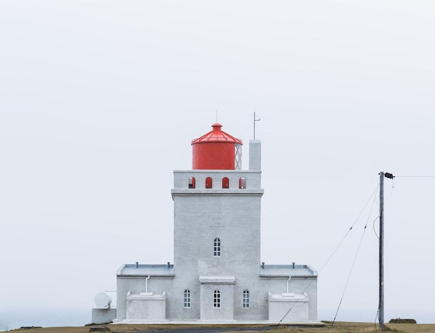 如果準備和父母同遊冰島,哪一個月份季節最適合