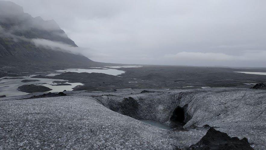 Hielo, cuevas y lagunas