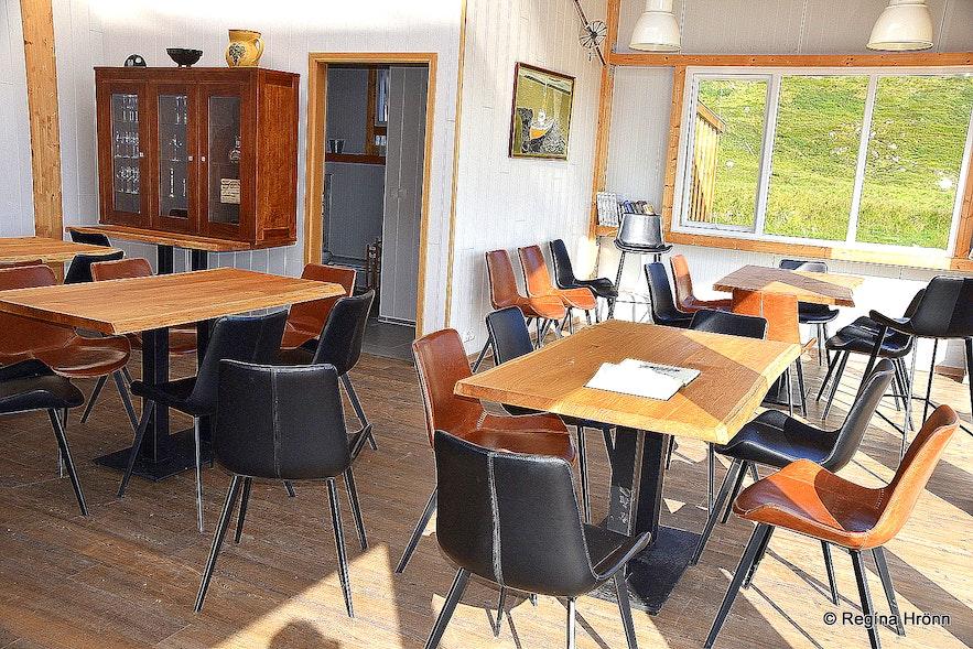 Restaurant Söngsteinn in Hveravík Strandir