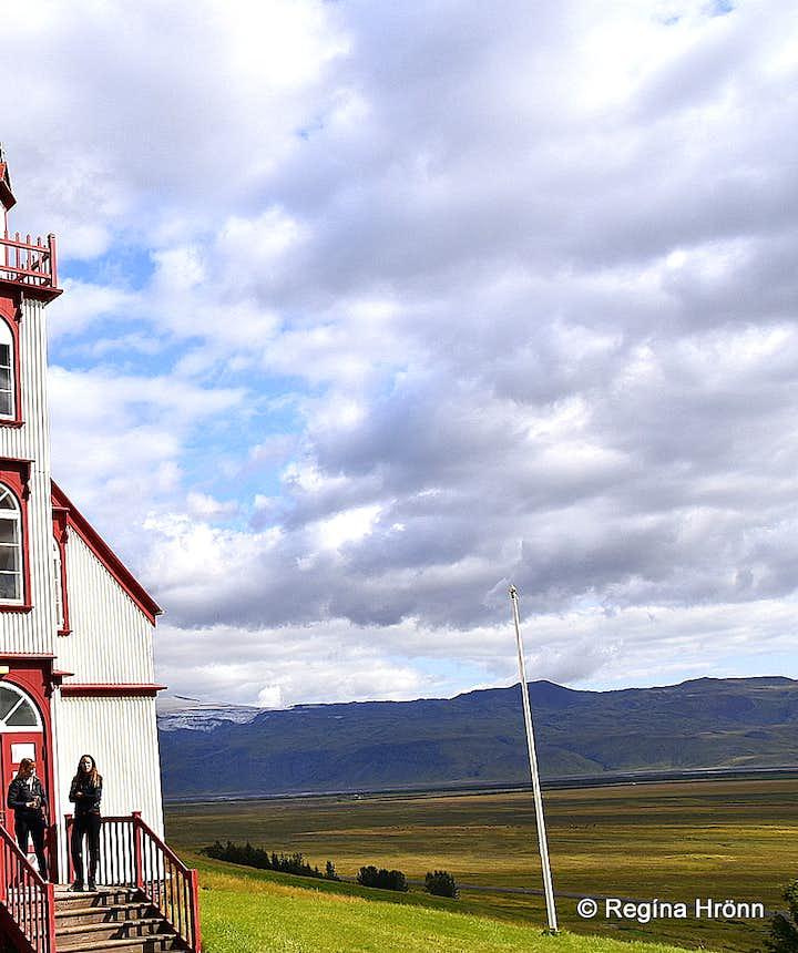 Hlíðarendakirkja church
