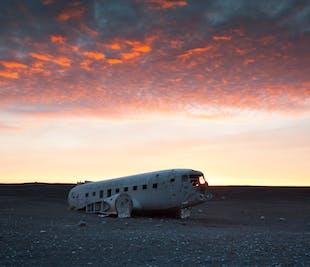 Transfert vers l'épave d'avion DC-3 au Solheimasandur