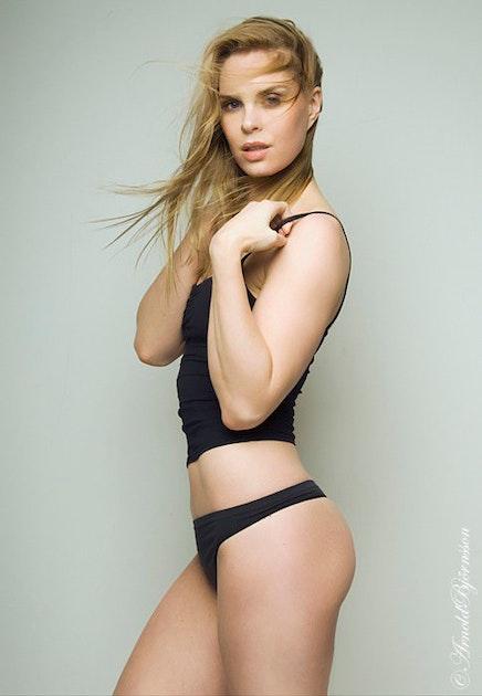 Top ten sexiest women Nude Photos 29